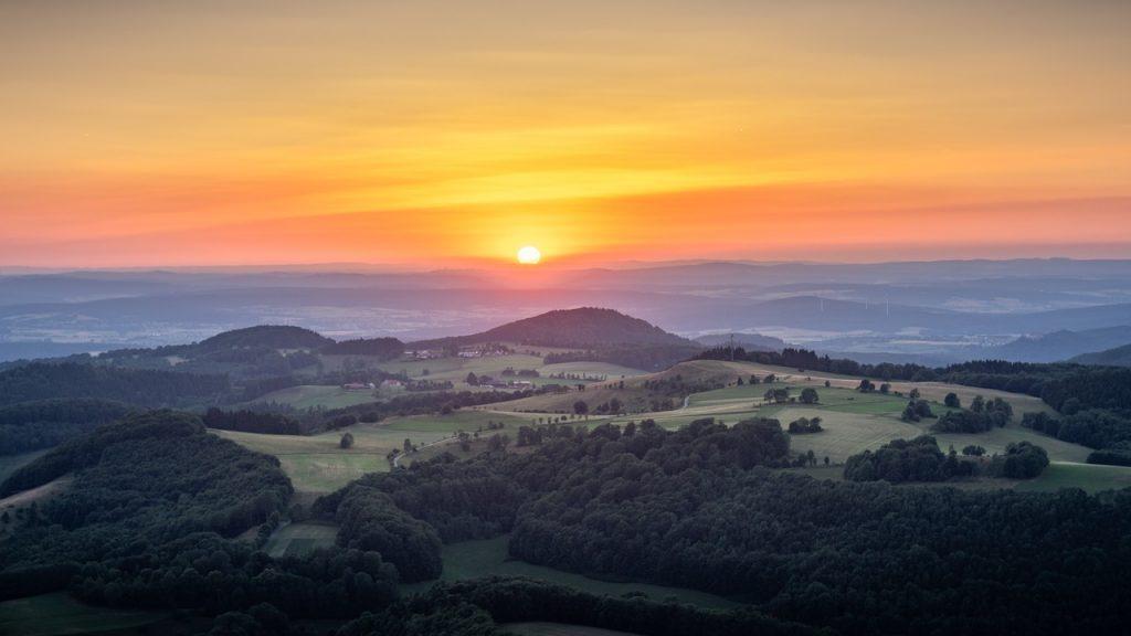 Coucher de soleil sur la vallée du Rhône